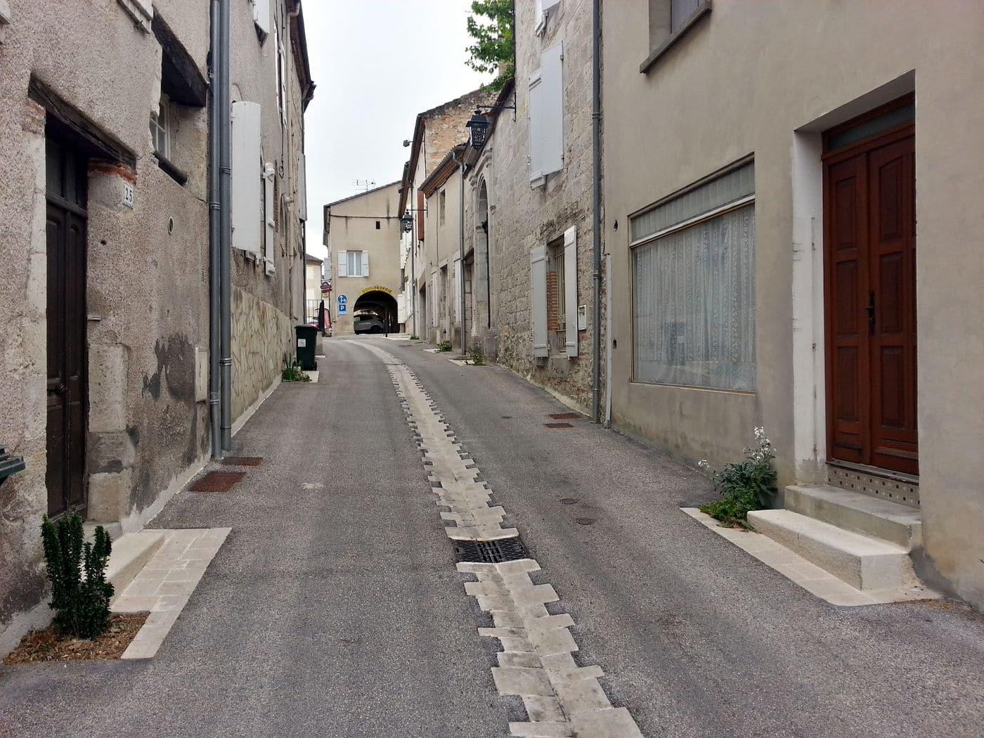 Rue Monfort
