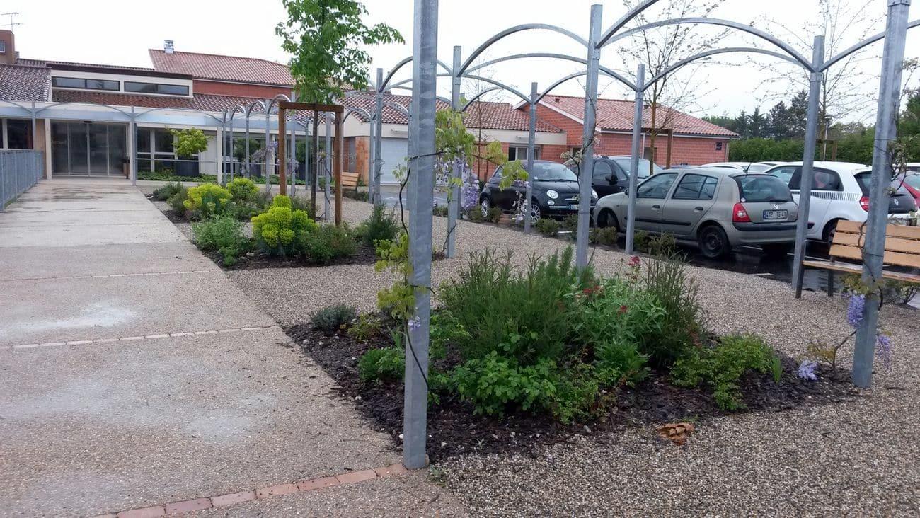Jardin entrée EHPAD