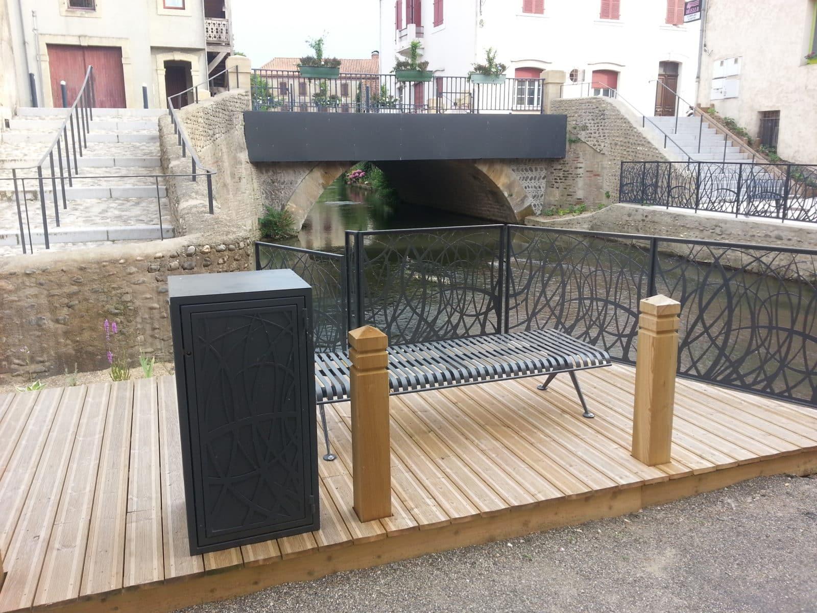 Bordure du canal